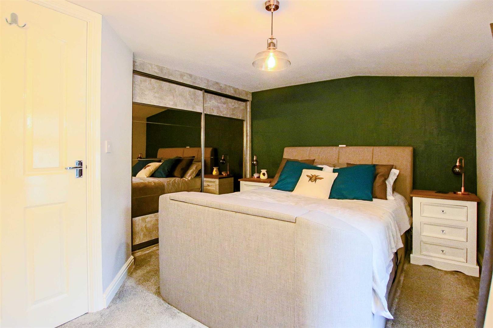 2 Bedroom Terraced Cottage For Sale - Image 5